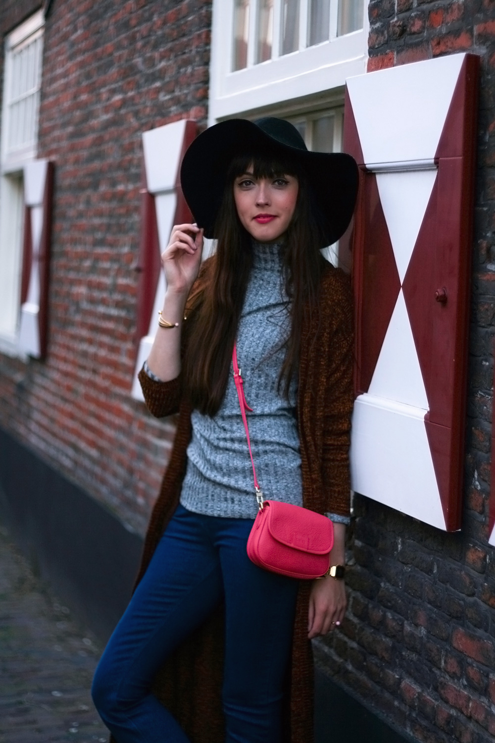 autumn-knits-seventies-fashion-blogger-celez-amsterdam-outfit-5