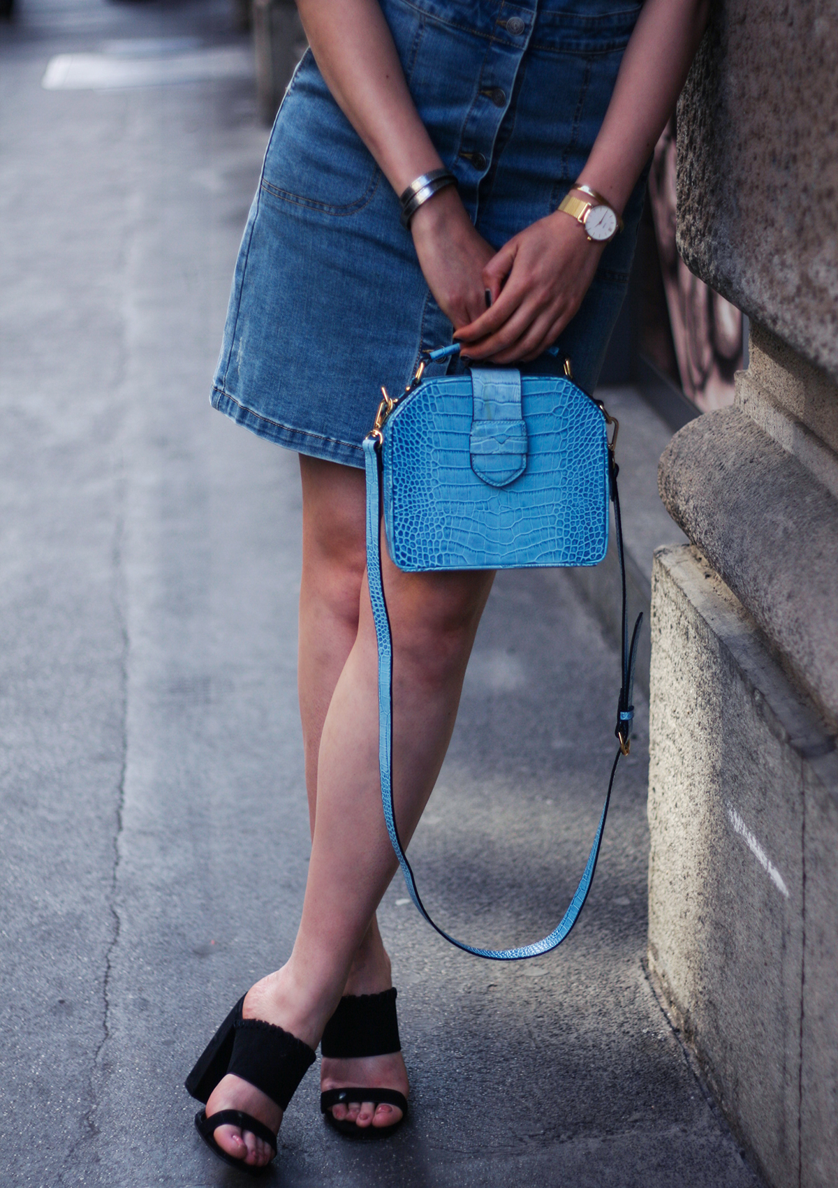 denim-dungaree-dress-spring-outfit-fashion-blogger-3