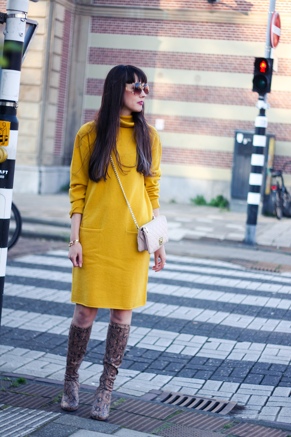 Pass me the mustard – A Dash Of Fash