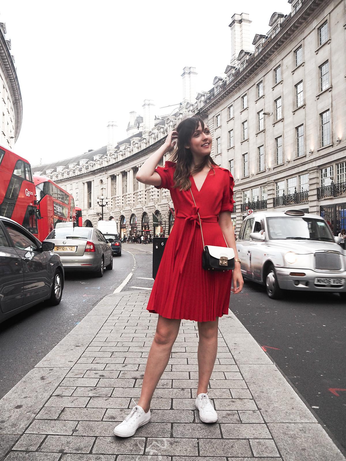 karen-millen-red-dress-converse-shoes-furla-bag-3