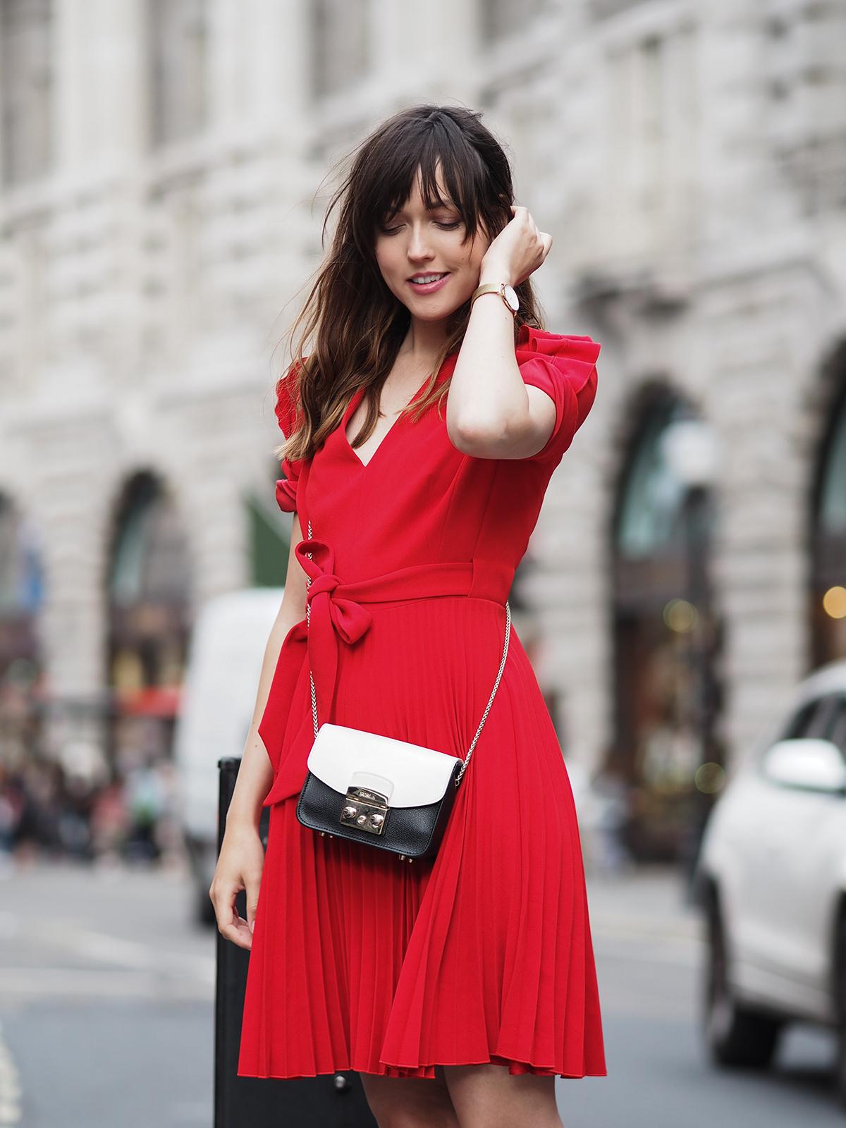 karen-millen-red-dress-converse-shoes-furla-bag-6