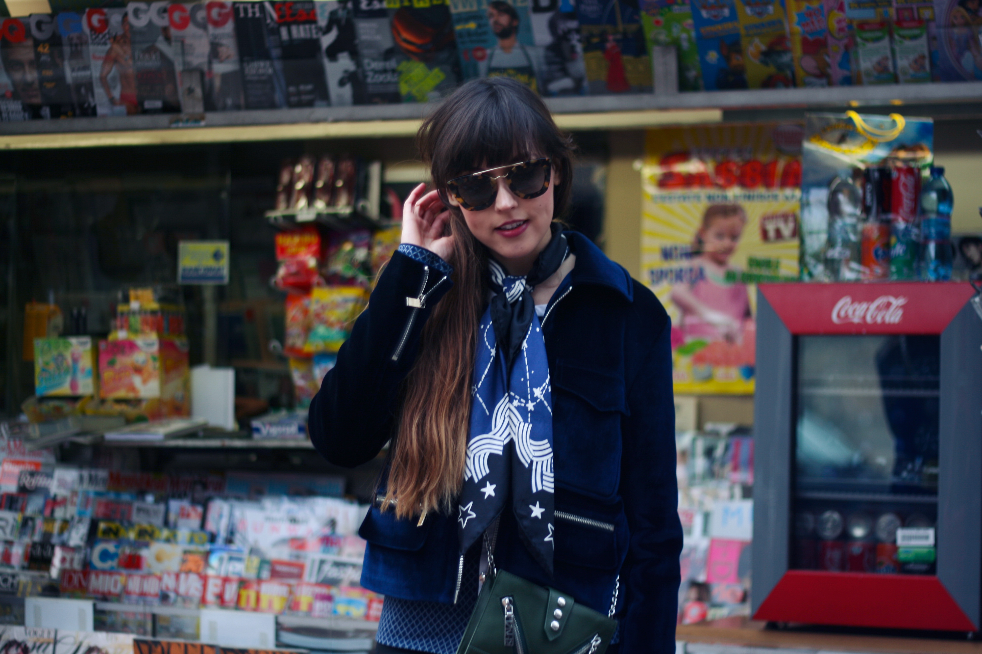 milan-fashion-week-outfit-zoe-karssen-velours-jacket-9