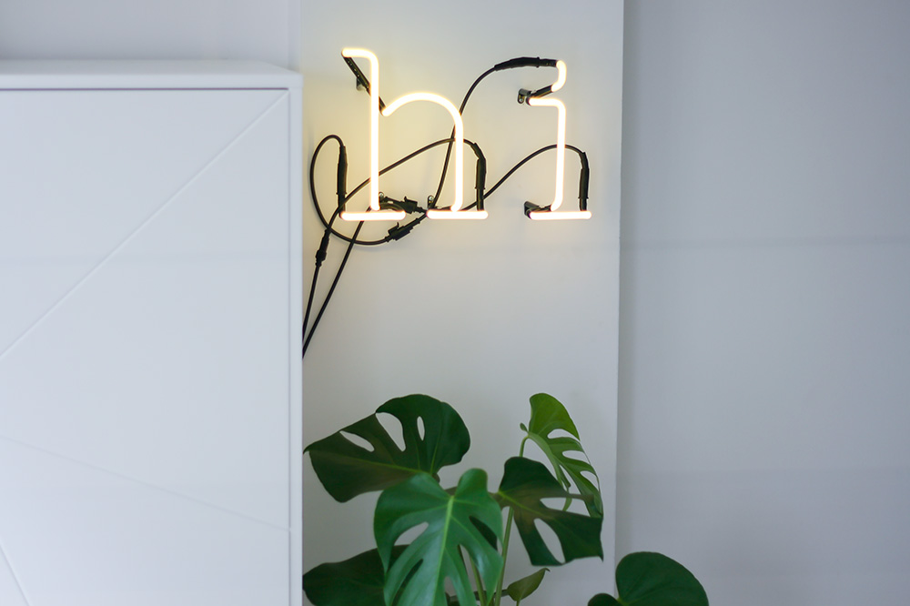 seletti-neon-letters-fonq-urban-jungle-monstera