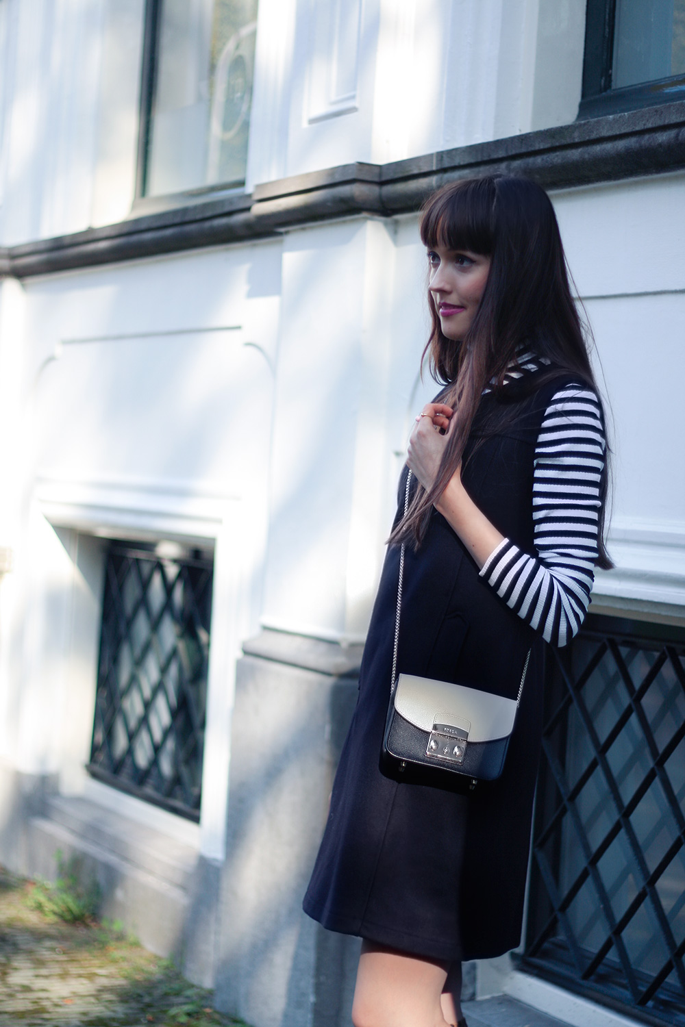 sixties-fashion-armor-lux-pinafore-dress-lipsy-striped-turleneck-fashion-blogger-outfit