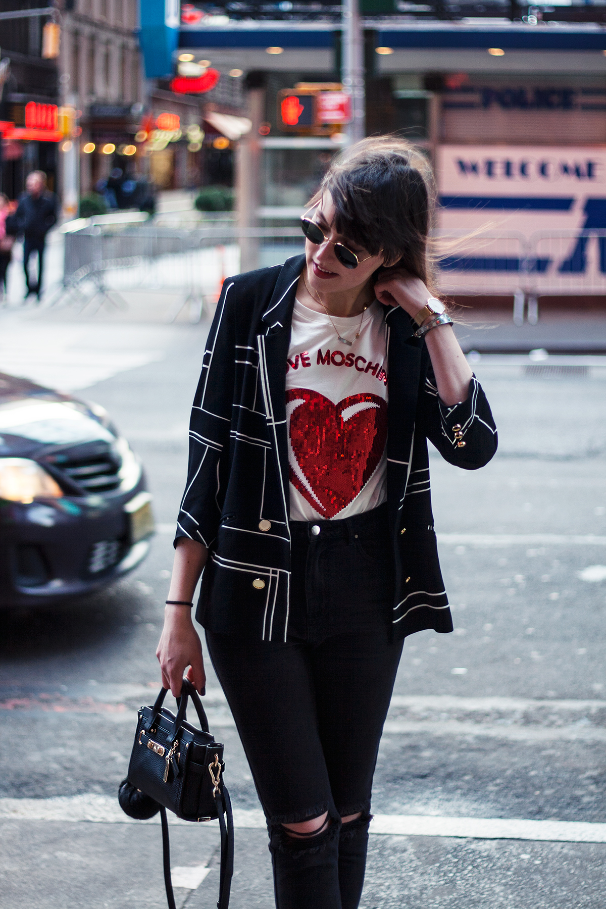 times-square-moschino-sequin-shirt-fashion-blogger-outfit-4