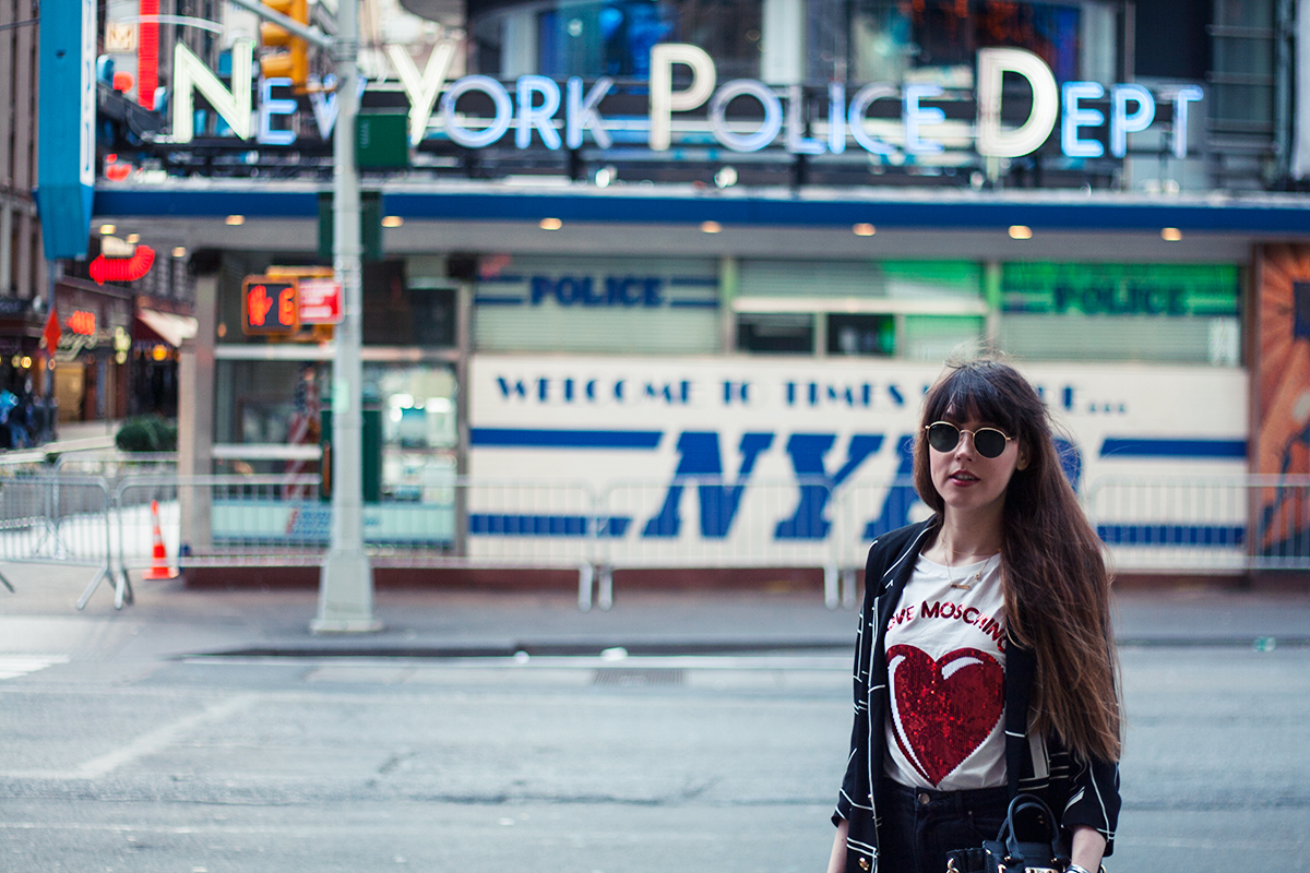 times-square-moschino-sequin-shirt-fashion-blogger-outfit-8