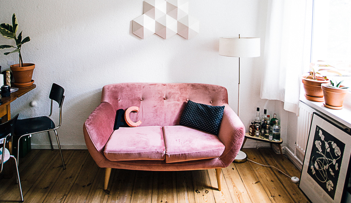 10 reasons to say YAS to a velvet sofa